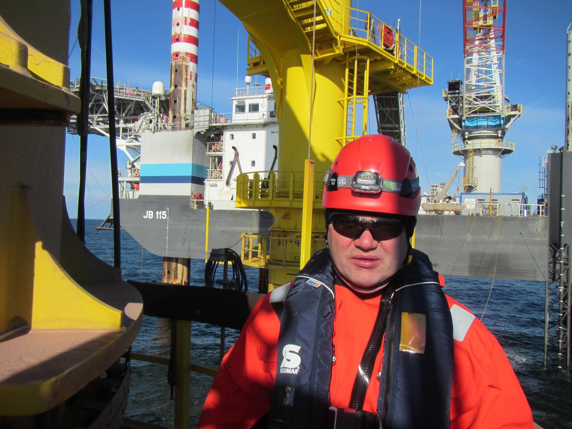 Jack up Barge